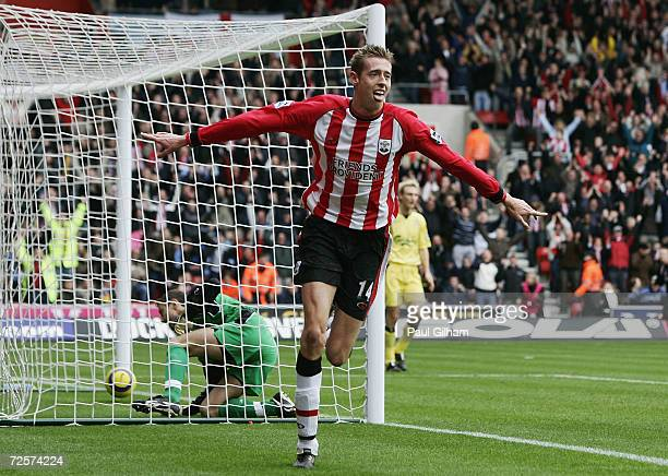 Peter Crouch of Southampton celebrates scoring the second goal for Southampton during the Barclays Premiership match between Southampton and...