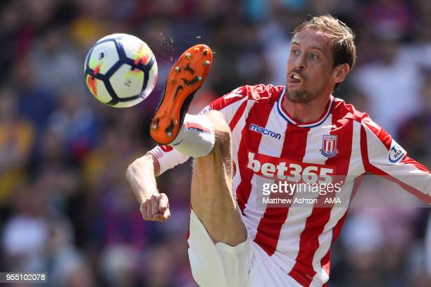Peter Crouch of Stoke City during the Premier League match between Stoke City and Crystal Palace at Bet365 Stadium on May 5 2018 in Stoke on Trent...