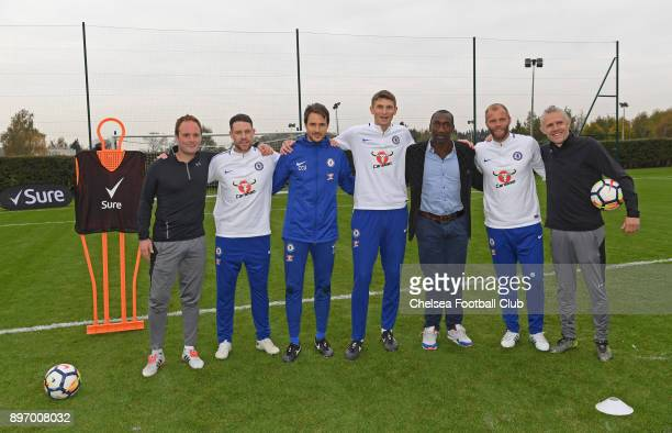 Peter Dale Wayne Bridge Carlo Cudicini Tore Andre Flo Jimmy Floyd Hasselbaink Eiour Guojohnsen and Jimmy Bullard pose for a photo during the Sure...