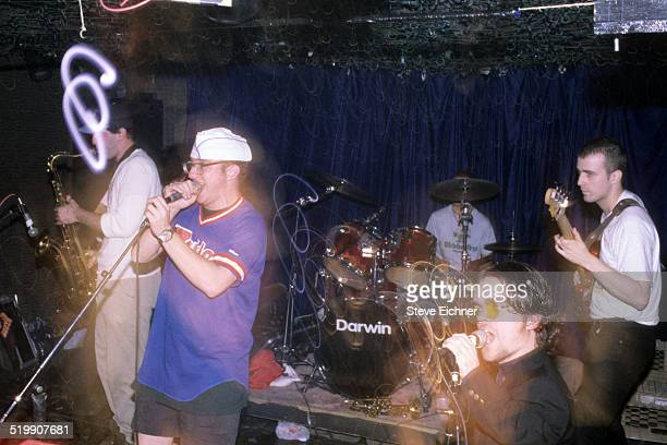 Peter Dinklage performs singing with Whizzy at Columbia University, New York, New York, October 1, 1994.