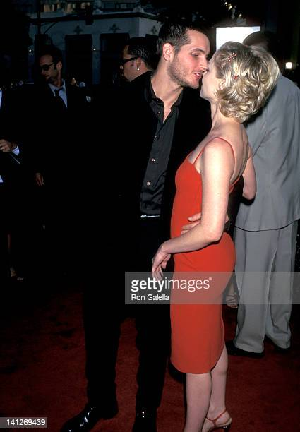 Peter Facinelli and Jennie Garth at the Premiere of 'Can't Hardly Wait' Mann's Chinese Theatre Hollywood