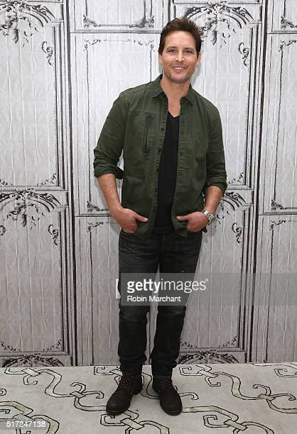 Peter Facinelli attends AOL Build Speaker Series Peter Facinelli Discusses 'Supergirl' at AOL Studios In New York on March 24 2016 in New York City
