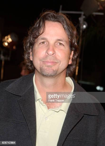 """Peter Farrelly arrives at the premiere screening of """"Shallow Hal."""""""