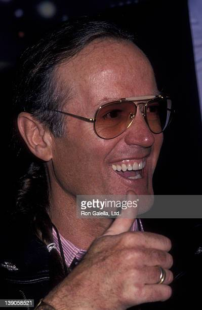 Peter Fonda attends the grand opening of the Harley-Davidson Cafe on October 19, 1993 in New York City.