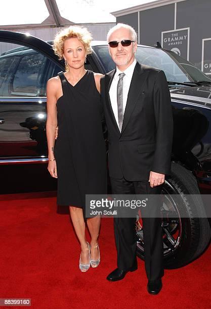 Peter Frampton and wife Tina