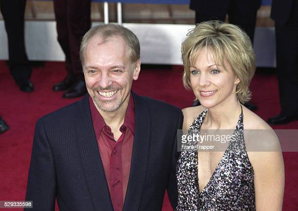 Peter Frampton with his wife