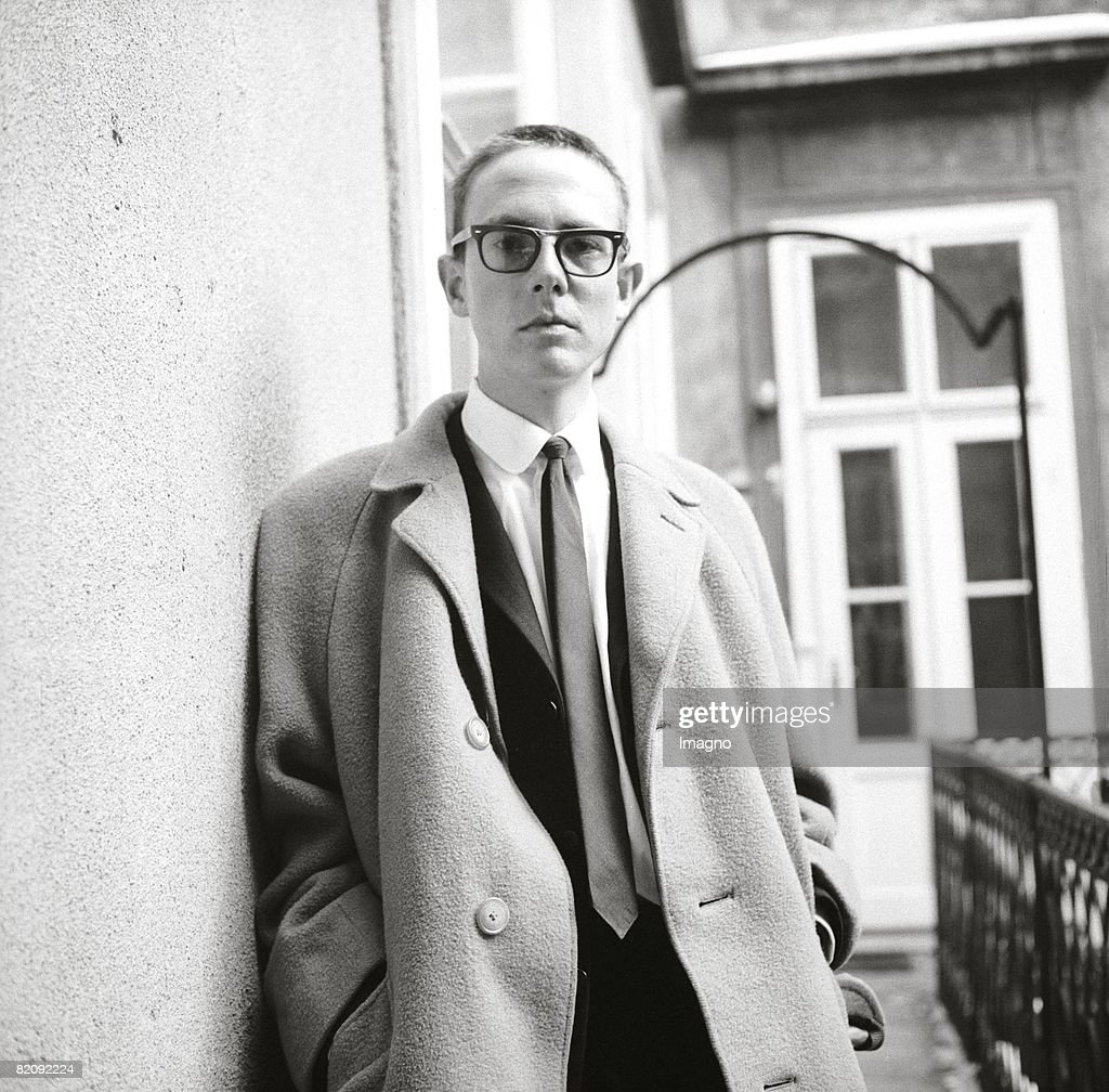 Peter Handke, Austrian author, Photograph, 1965 (Photo by Imagno/Getty Images) [Peter Handke, ?sterr, Schriftsteller, Photographie, 1965]