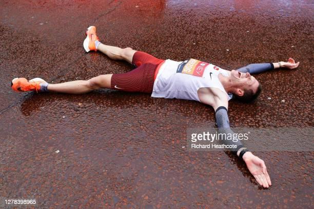 Peter Herzog of Austria celebrates following the Elite Men's race during the 2020 Virgin Money London Marathon around St. James's Park on October 04,...