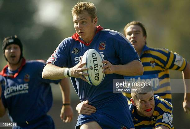 Peter Hewat of Manly makes a break during the Tooheys New Cup minor semi final between Sydney University and Manly played at Concord Oval in Sydney,...