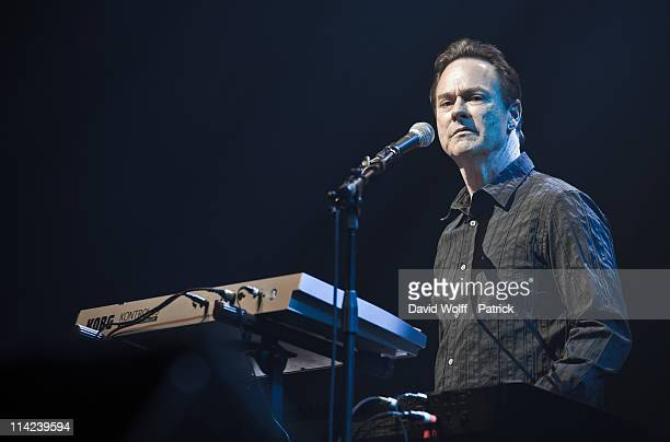 Peter Kingsbery performs at L'Olympia on May 16 2011 in Paris France