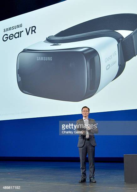 Peter Koo Samsung Senior Vice President of Technology Strategy Mobile Communications Division announces the first consumer version of the Samsung...