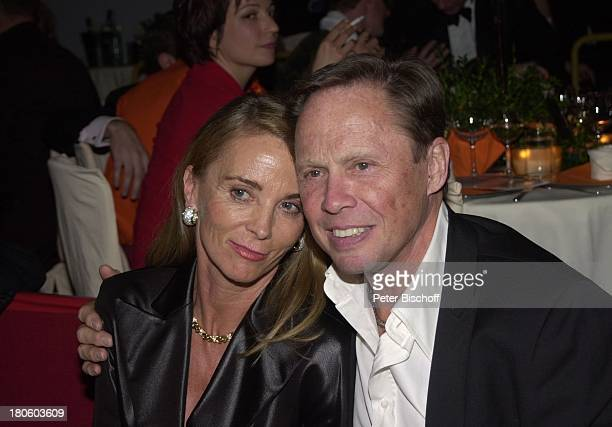 Peter Kraus Ehefrau Ingrid Verleihung Deutscher Videopreis 2002 München Deutsches Theater Frau
