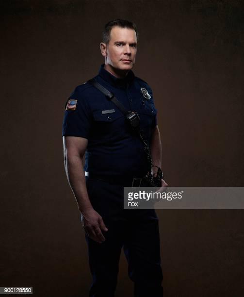 Peter Krause 911 premieres Wednesday Jan 3 on FOX