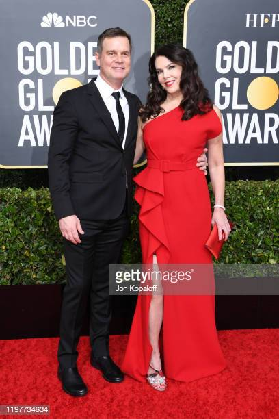 Peter Krause and Lauren Graham attend the 77th Annual Golden Globe Awards at The Beverly Hilton Hotel on January 05, 2020 in Beverly Hills,...