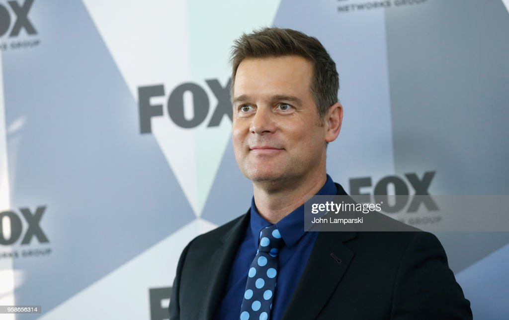 Peter Krause attends 2018 Fox Network Upfront at Wollman Rink, Central Park on May 14, 2018 in New York City.