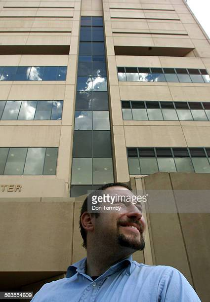 Peter LaForte outside the El Cajon Superior Courthouse prior to the start of afternoon testimony in the preliminary hearing of the bum–fight case...
