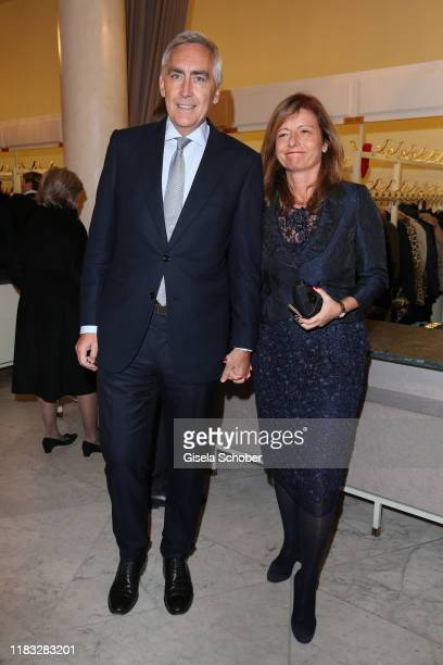 Peter Loescher former Siemens CEO and his wife Marta Loescher at the opera premiere of Die tote Stadt by Erich Wolfgang Korngold at Bayerische...