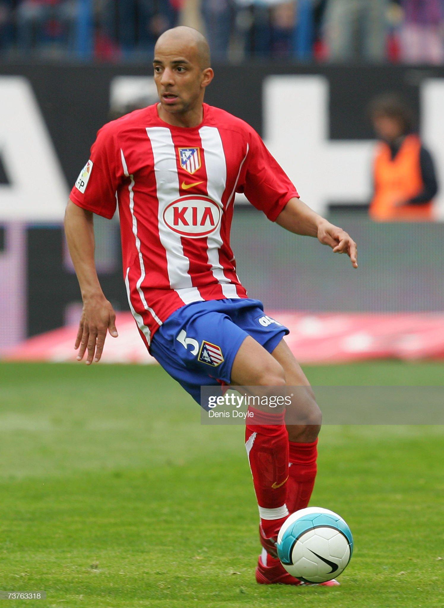Famosos internacionales de ascendencia española - Página 2 Peter-luccin-of-atletico-madrid-in-action-during-the-primera-liga-picture-id73763318?s=2048x2048