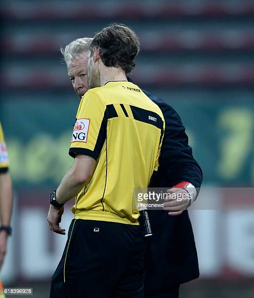 Peter Maes head coach of KRC Genk and referee Wim Smet pictured during Jupiler Pro League match between RCS Charleroi and KRC GENK on October 26 2016...