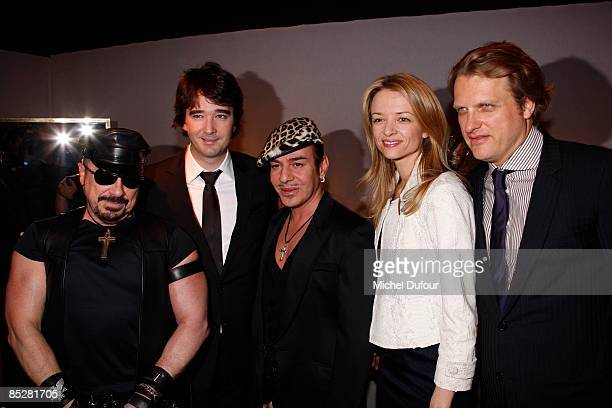 Peter Marino Antoine Arnault John Galliano Delphine Arnault and Alessandro Vallarino Gancia attend the Christian Dior ReadytoWear A/W 2009 fashion...