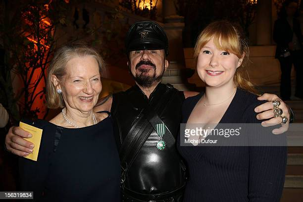 Peter Marino poses with his wife Jane Trapnell and daughter Isabelle Marino after he received the Chevalier des Arts Et Lettres honour at Musee Des...
