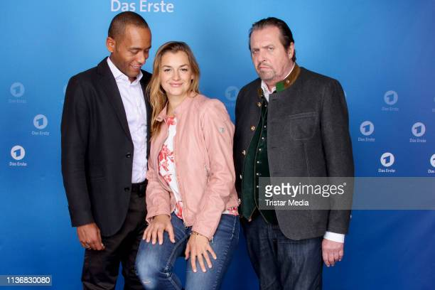 Peter Marton Ines Lutz and Andreas Giebel attend the photo call of the tv series Watzmann ermittelt at Literaturhaus on March 19 2019 in Hamburg...