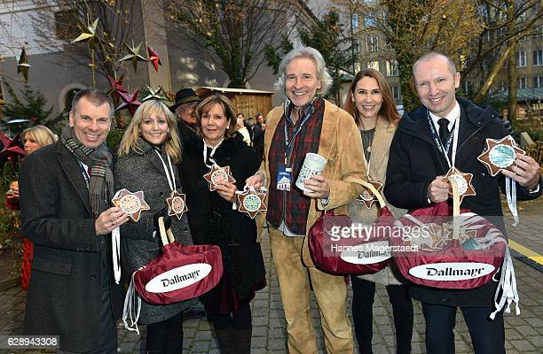 Peter Mey Candy Pomp Prinzessin Ursula von Bayern Thomas Gottschalk Sunny Randlkofer and Florian Randlkofer during the 21th BMW advent charity...