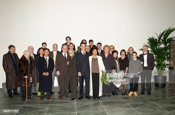 Peter Millowitsch, Ehefrau Barbie Steinhaus-Millowitsch, , Neffe Philipp Eisenlohr, Braut Jin-A, Schwester Dr. Katarina Eisenlohr, Mutter von Jin-A,...
