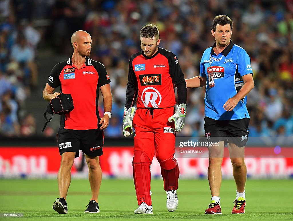 Big Bash League - Strikers v Renegades
