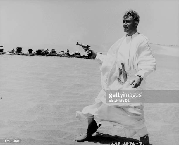"""Peter O'Toole in """"Lawrence of Arabia"""" 1962"""