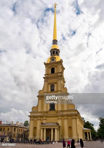 ss peter e paul catedral em são petersburgo - peter forte - fotografias e filmes do acervo