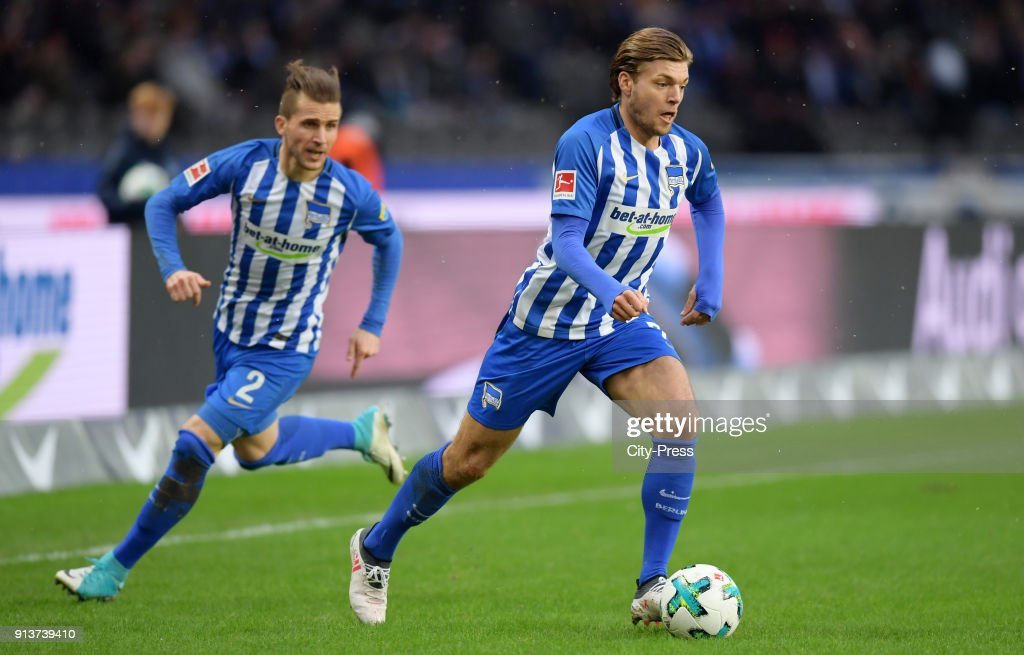Peter Pekarik and Alexander Esswein of Hertha BSC during the game between Hertha BSC and TSG Hoffenheim on february 3, 2018 in Berlin, Germany.
