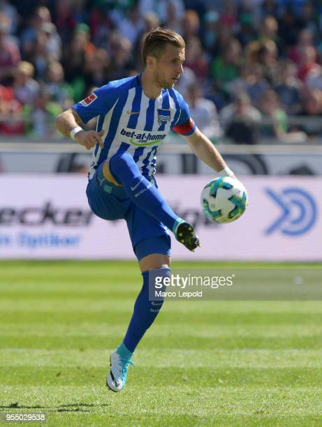 Peter Pekarik of Hertha BSC during the Bundesliga game between Hannover 96 and Hertha BSC at HDI Arena on May 5 2018 in Hannover Germany