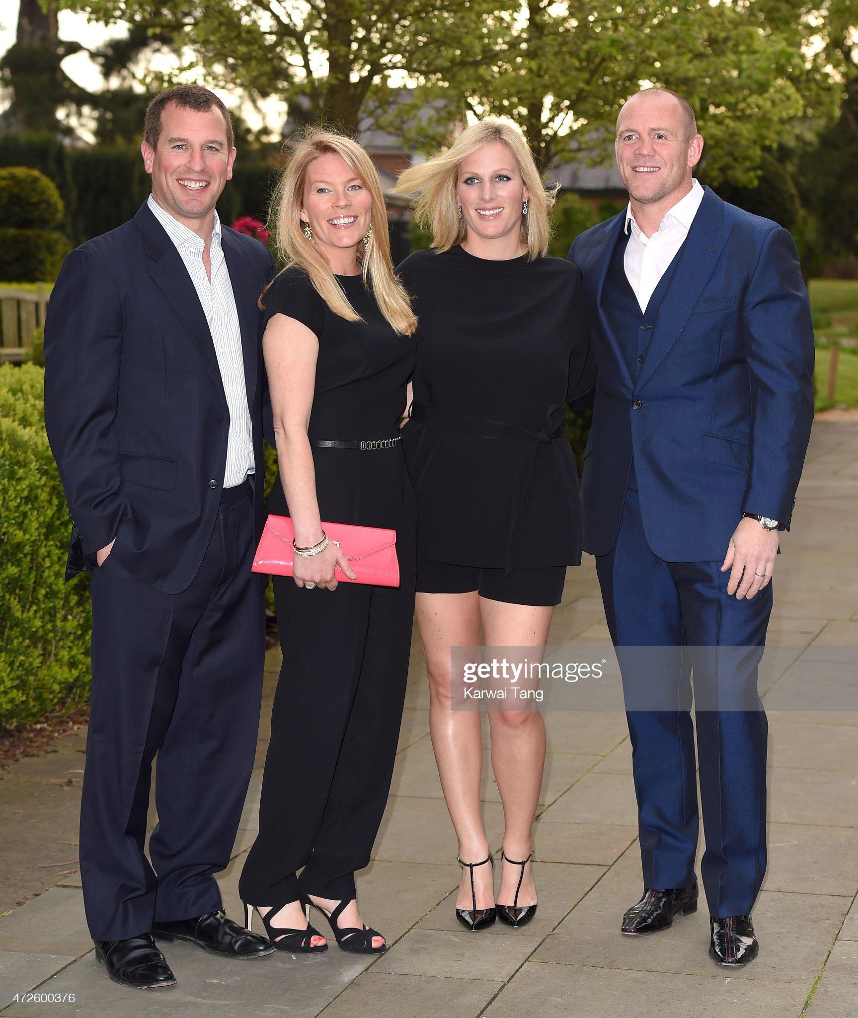 Вечерние наряды Отем пока еще Филлипс и Сары Йоркской ISPS Handa Mike Tindall 3rd Annual Celebrity Golf Classic - Evening Reception : News Photo