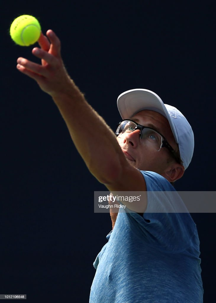 Peter Polansky of Canada serves against Matthew Ebden of Australia during a 1st round match on Day 1 of the Rogers Cup at Aviva Centre on August 6, 2018 in Toronto, Canada.