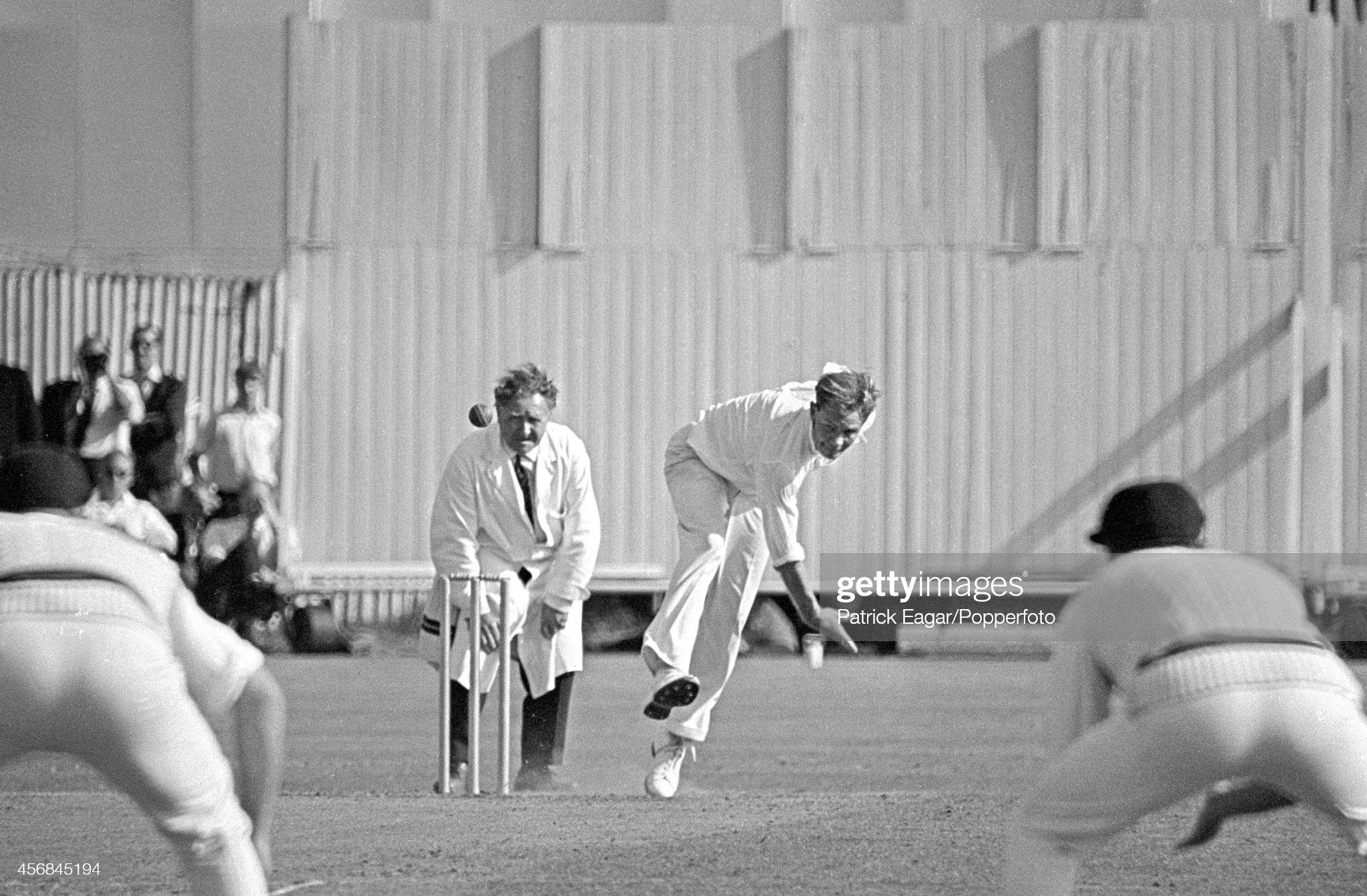 Hampshire v South Africans at Southampton 1965 : News Photo