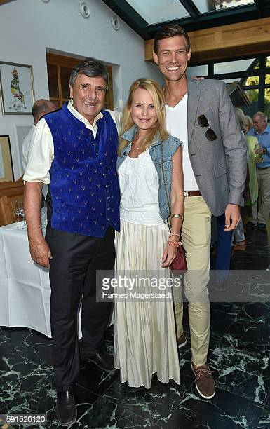 Peter Pongratz Sonja Kiefer and her partner Cedric Schwarz during 'La Dolce Vita Grillfest' at Gruenwalder Einkehr on August 17 2016 in Munich Germany