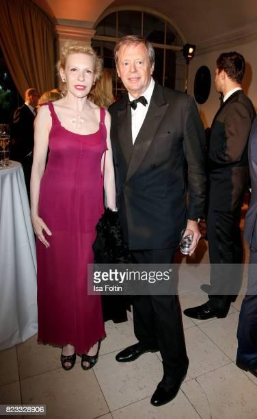 Peter Prinz zu SaynWittgenstein and his wife German actress Sunnyi Melles during the International Salzburg Association Gala on July 26 2017 in...