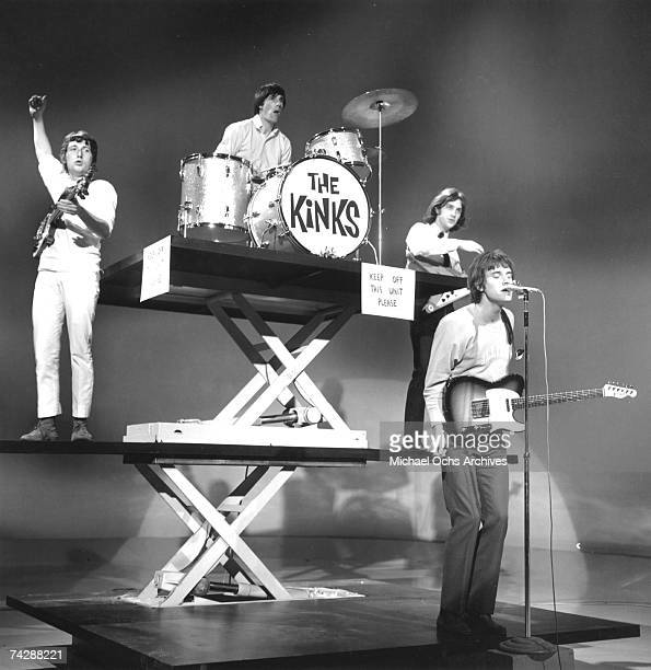 Peter Quaife Mick Avory Dave Davies Ray Davies of the rock group The Kinks perform on the Shindig television show on January 20 1965 in Los Angeles...