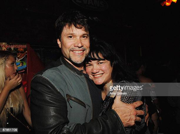 LOS ANGELES CA MAY 27 Peter Reckell and Kelly Moneymaker attend a Benefit Honoring Composer and Recording Artist Wade Hubbard at Molly Malone's on...