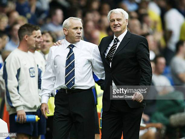 Peter Reid Leeds Manager and Bobby Robson Newcastle Manager during the FA Barclaycard Premiership match between Leeds United and Newcastle United at...