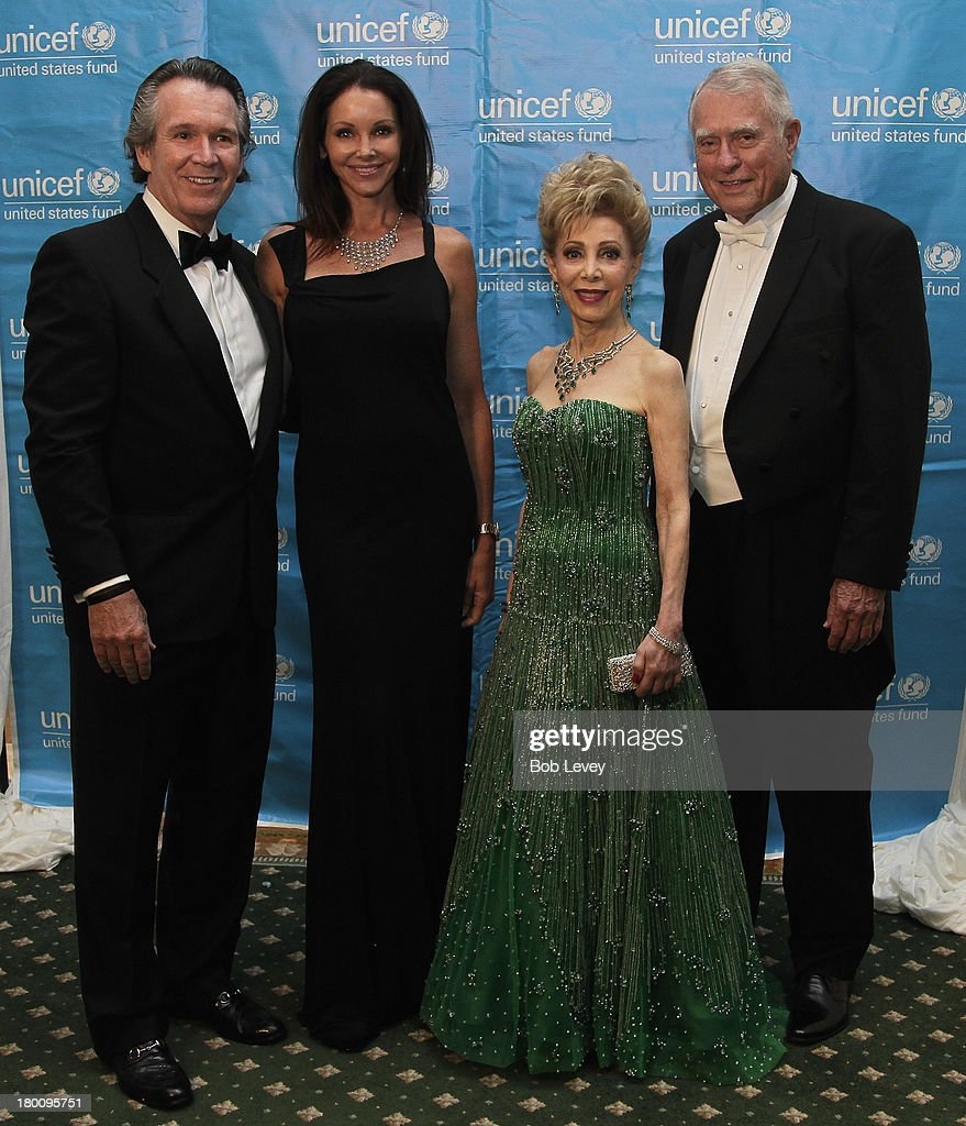 Peter Remington, Renea Menzies, Margaret Alkek Williams and Jim Daniel at The UNICEF Audrey Hepburn Society Ball at the Wortham Center Brown Theater on September 6, 2013 in Houston, Texas.
