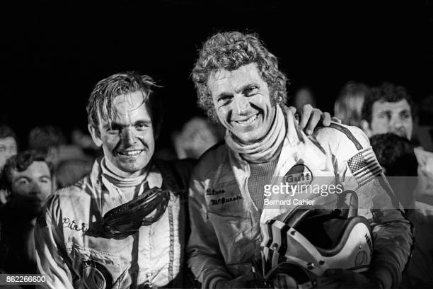 Peter Revson, Steve McQueen, 12 Hours of Sebring, Sebring, 21 March 1970. Peter Revson and Steve McQueen at the finish of the 1970 12 Hours of...