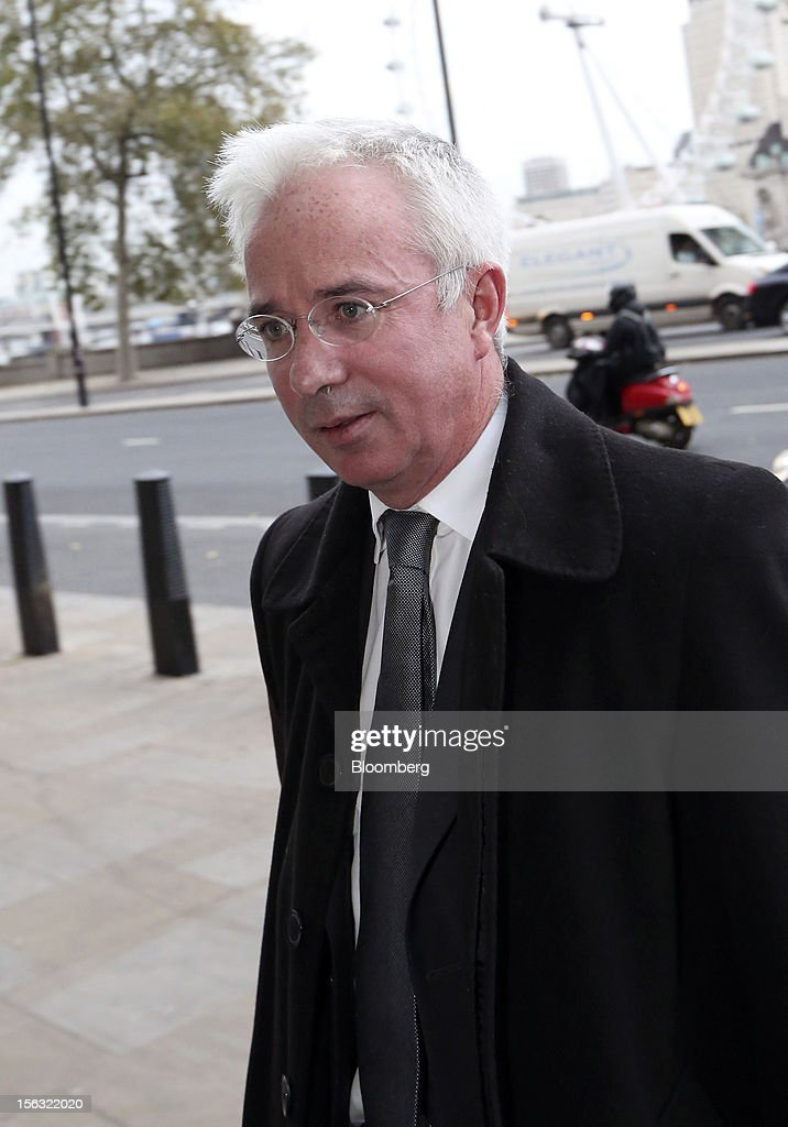 Peter Sands, chief executive officer of Standard Chartered Plc, arrives to give evidence to a Parliamentary Select Committee on Banking Standards in London, U.K., on Tuesday, Nov. 13, 2012. Royal Bank of Scotland Group Plc said it was concerned that the Independent Commission on Banking's proposed firewalls around consumer banking units could mean they are wrongly percieved as safer than the non-ringfenced parts of the business. Photographer: Chris Ratcliffe/Bloomberg via Getty Images
