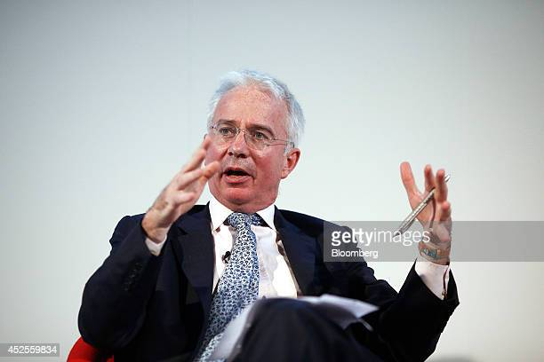 Peter Sands chief executive officer of Standard Chartered Plc gestures as he speaks during the Commonwealth Games Business Conference in Glasgow UK...