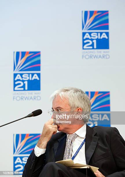 Peter Sands chief executive officer of Standard Chartered Plc listens at a conference hosted by South Korea's government and the International...