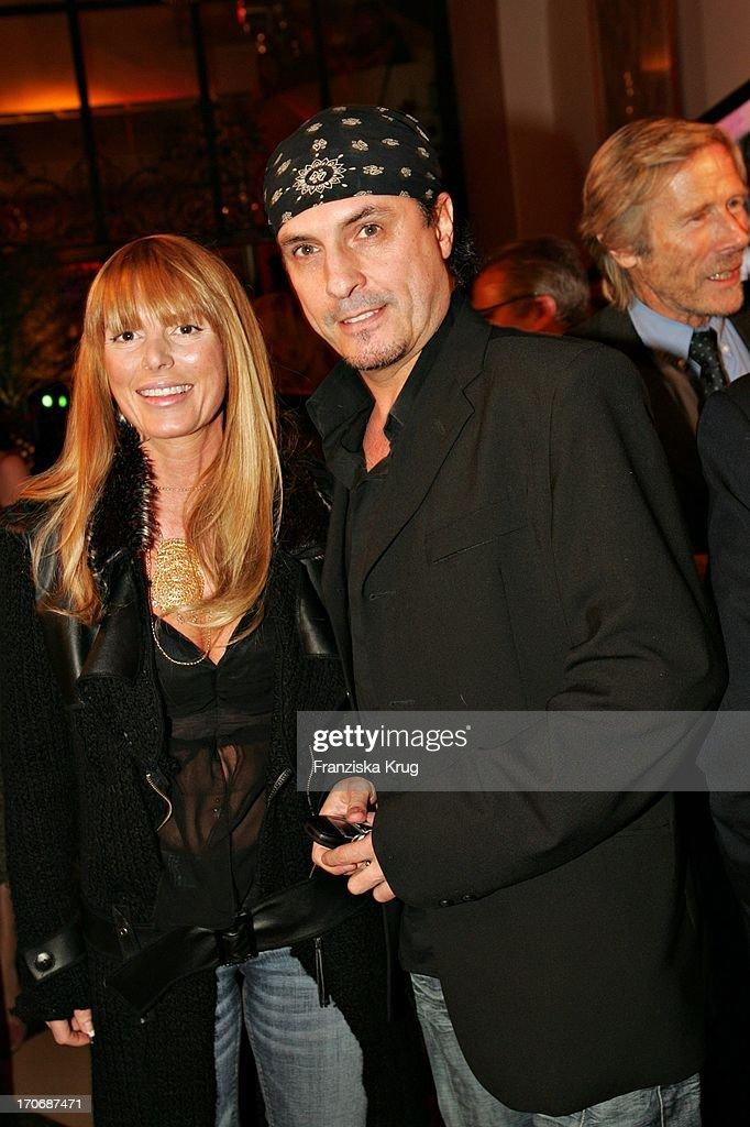 Peter Schilling Und Ehefrau Casha Beim T-Online