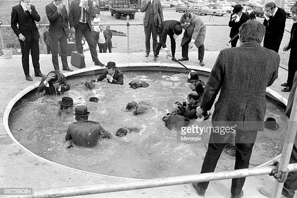 Peter Sellers Filming Bowler hatted gents at the Sceptic money pool June 1969 Z06342014