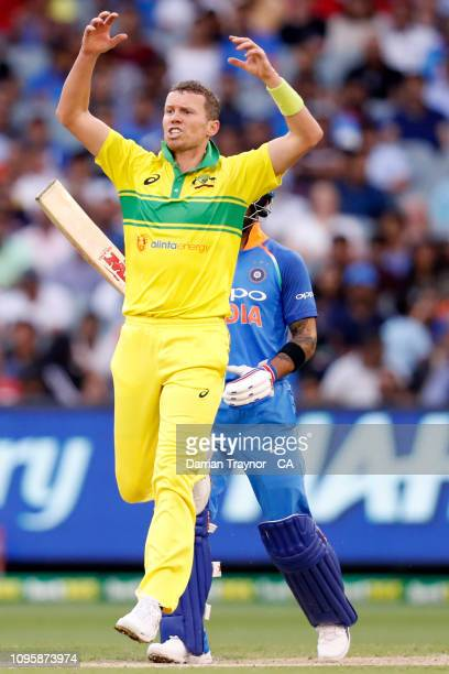 Peter Siddle of Australia reacts as a ball flies over the keeper during game three of the One Day International series between Australia and India at...