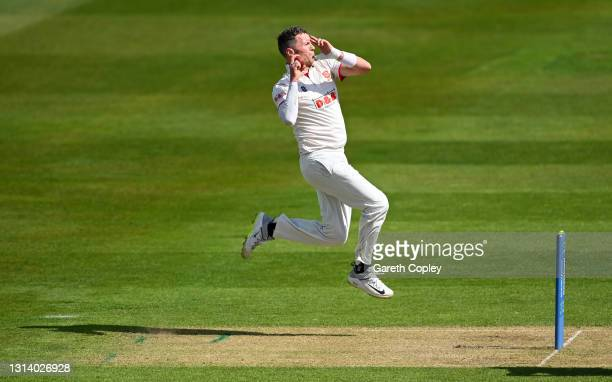 Peter Siddle of Essex bowls during the LV= Insurance County Championship match between Warwickshire and Essex at Edgbaston on April 23, 2021 in...